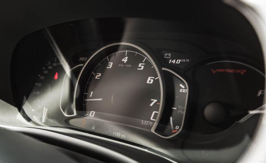 2015 Dodge Viper GT - Slide 36