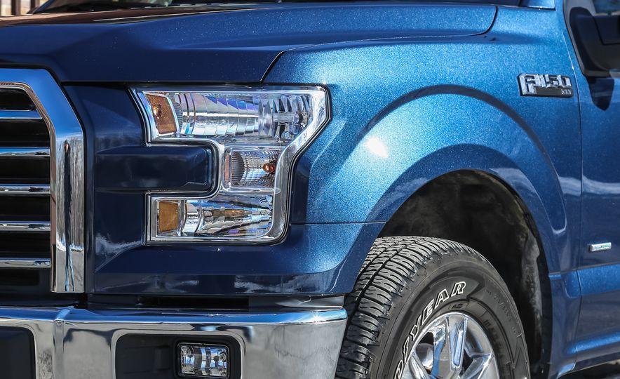 2015 Ford F-150 XLT 2.7L EcoBoost 4x4 - Slide 11