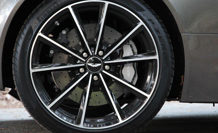 2016 Aston Martin DB9 GT - Slide 19