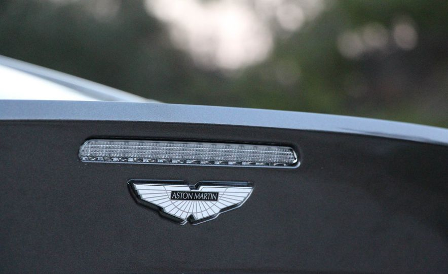 2016 Aston Martin DB9 GT - Slide 24