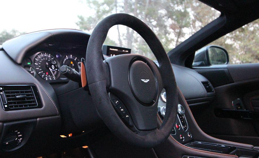 2016 Aston Martin DB9 GT - Slide 28