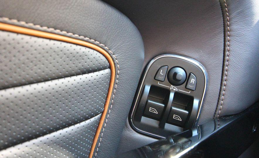 2016 Aston Martin DB9 GT - Slide 40