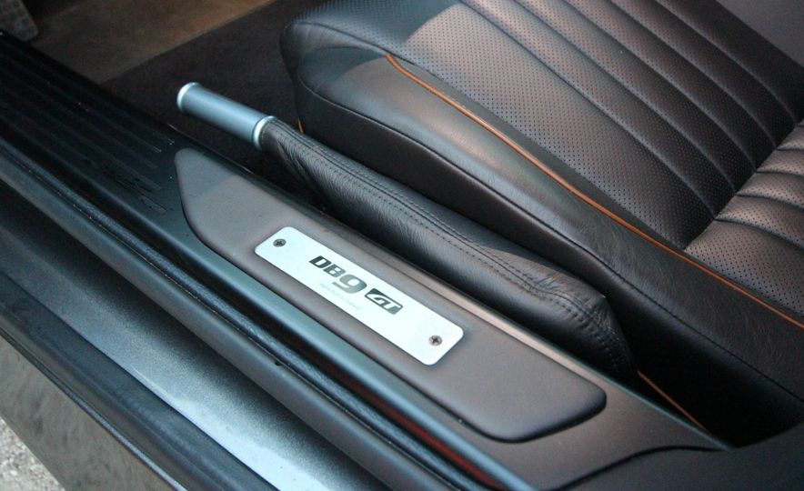 2016 Aston Martin DB9 GT - Slide 41