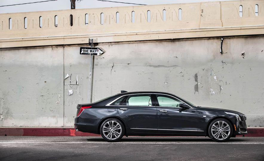 2016 Cadillac CT6 - Slide 7