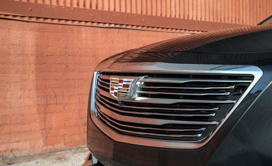2016 Cadillac CT6 - Slide 9