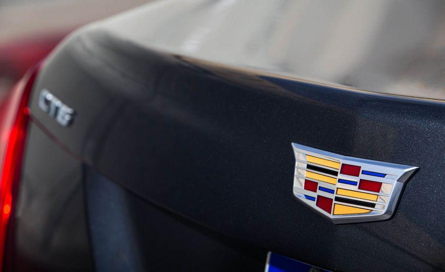 2016 Cadillac CT6 - Slide 15