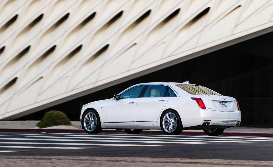 2016 Cadillac CT6 - Slide 19