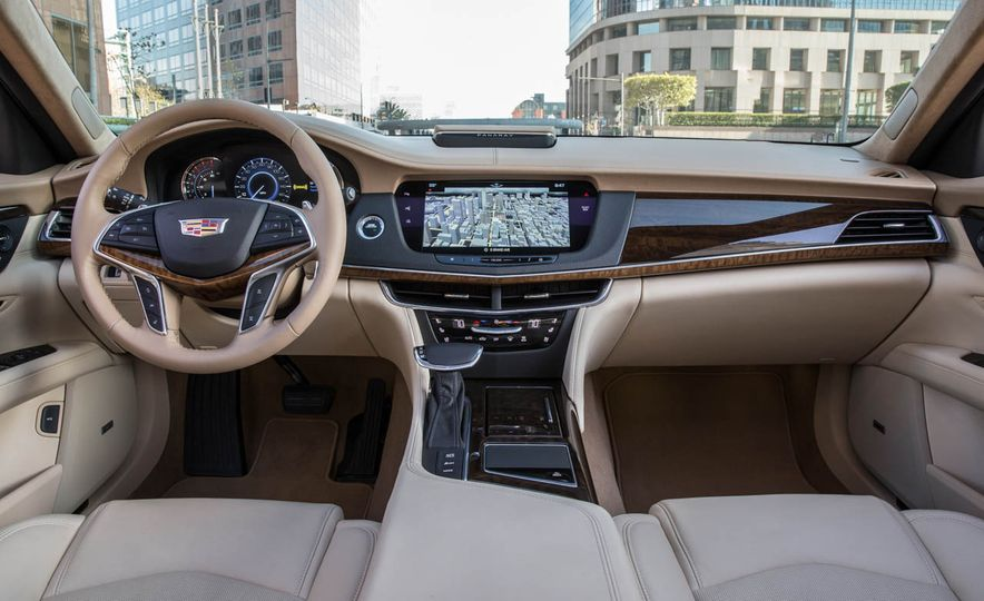 2016 Cadillac CT6 - Slide 32