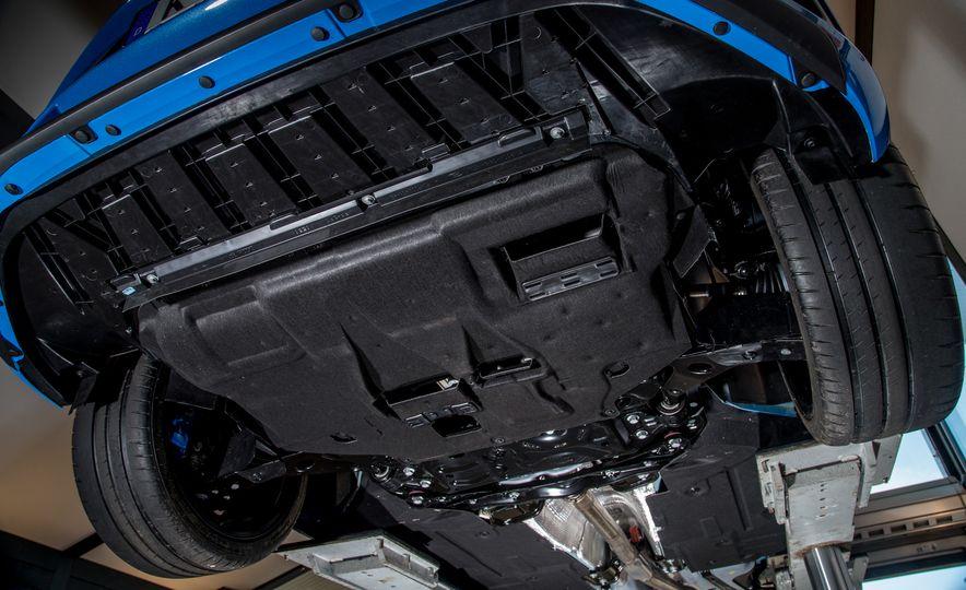 2016 Ford Focus RS - Slide 34