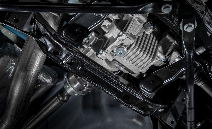2016 Ford Focus RS - Slide 37