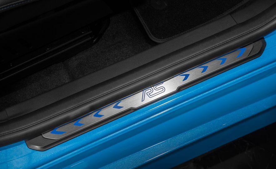 2016 Ford Focus RS - Slide 56