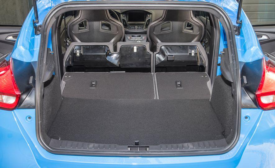 2016 Ford Focus RS - Slide 63