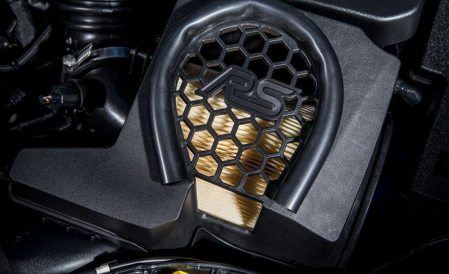 2016 Ford Focus RS - Slide 67