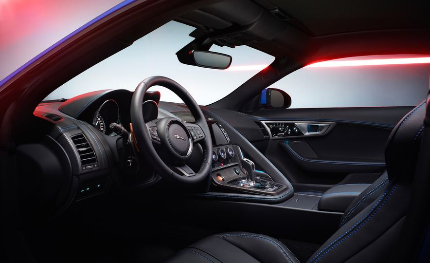 Jaguar F-type British Design Editions - Slide 13