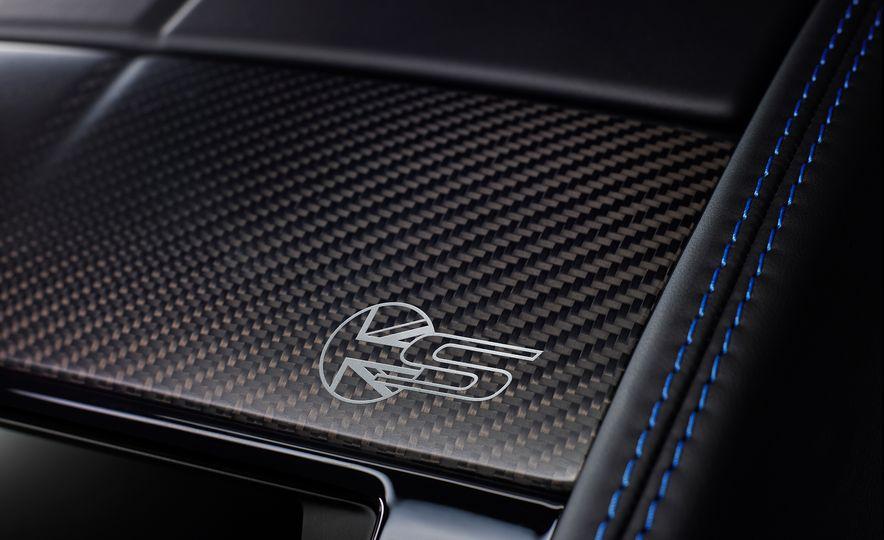 Jaguar F-type British Design Editions - Slide 15
