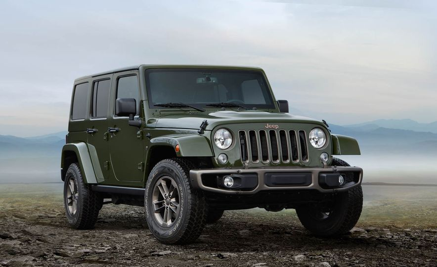 2016 Jeep Wrangler Unlimited 75th Anniversary Edition - Slide 2