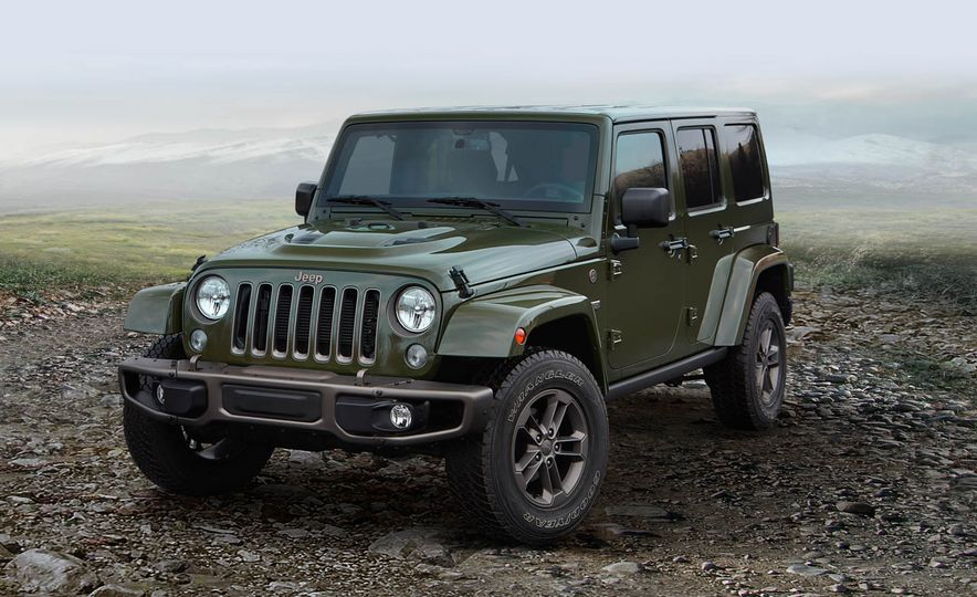 2016 Jeep Wrangler Unlimited 75th Anniversary Edition - Slide 3