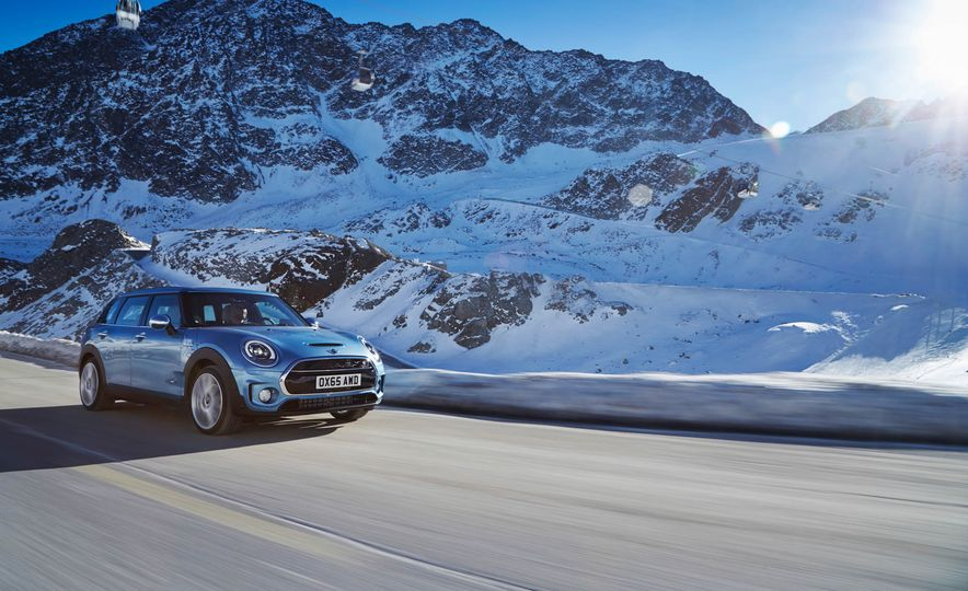 2016 Mini Clubman S ALL4 - Slide 1