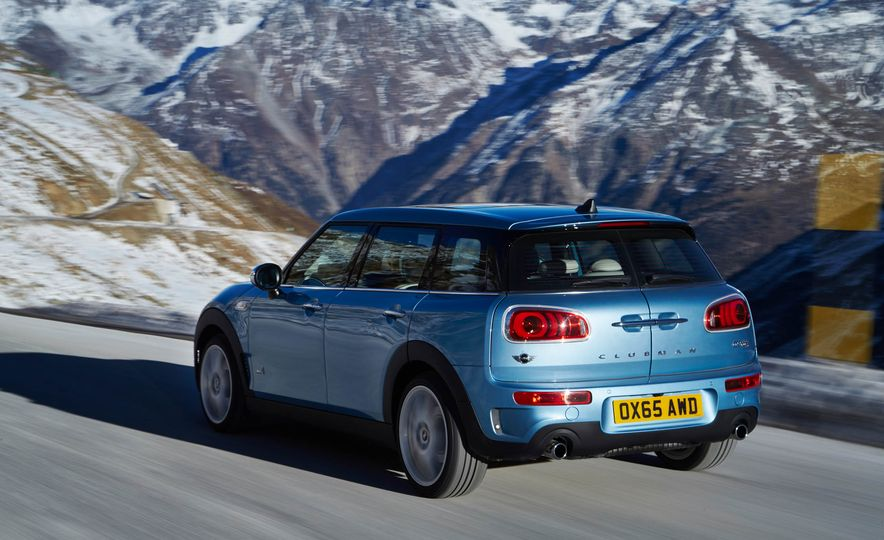 2016 Mini Clubman S ALL4 - Slide 7