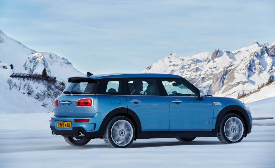 2016 Mini Clubman S ALL4 - Slide 15