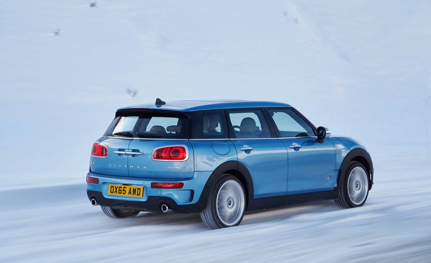 2016 Mini Clubman S ALL4 - Slide 16