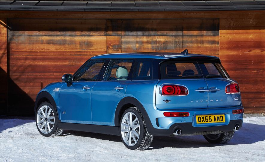 2016 Mini Clubman S ALL4 - Slide 28