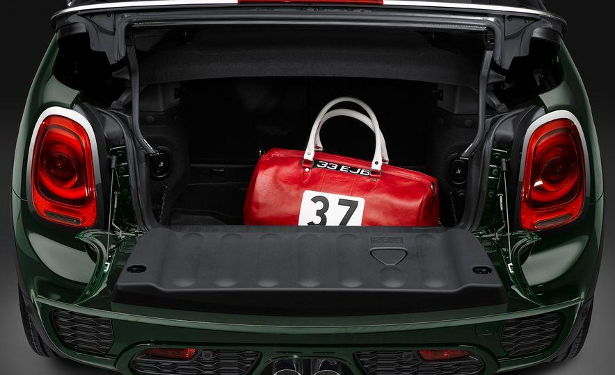 2017 Mini John Cooper Works convertible - Slide 26