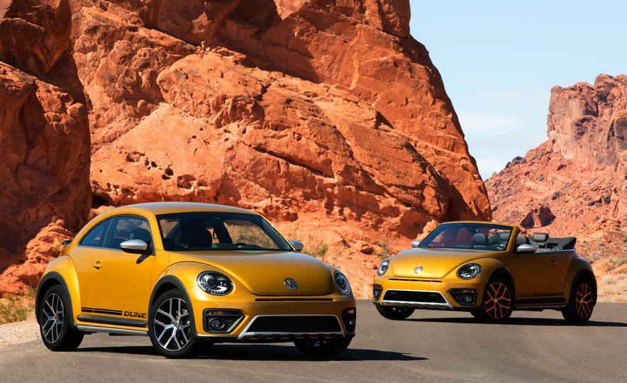 2016 Volkswagen Beetle Dunes - Slide 1