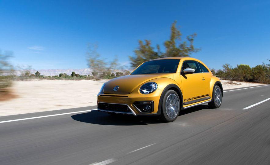 2016 Volkswagen Beetle Dunes - Slide 10