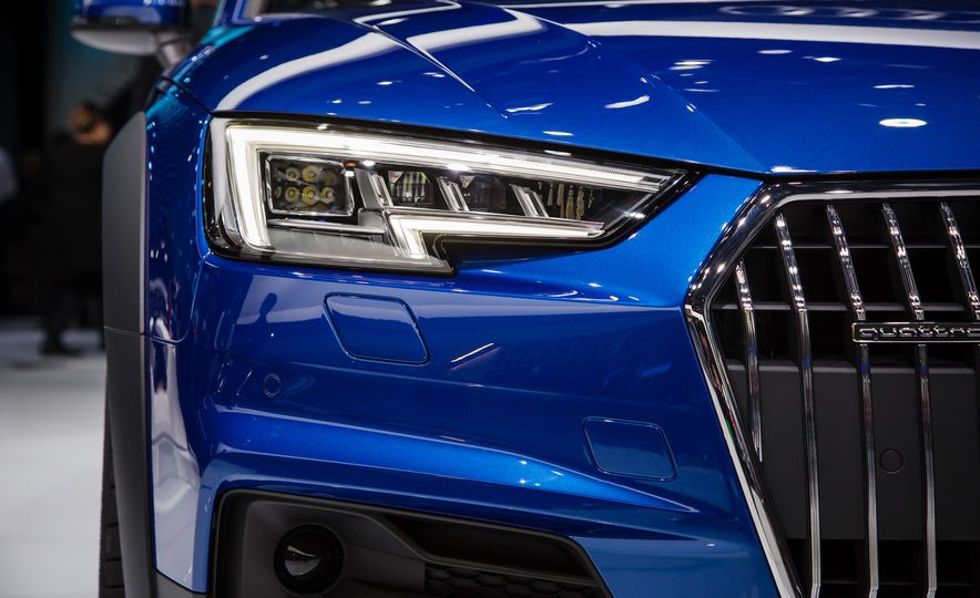 2017 Audi A4 Allroad - Slide 7