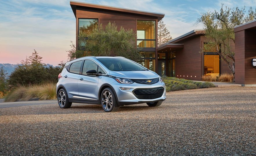 2017 Chevrolet Bolt EV - Slide 7