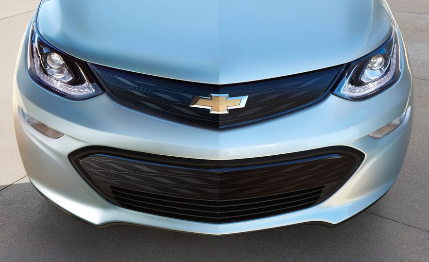 2017 Chevrolet Bolt EV - Slide 11