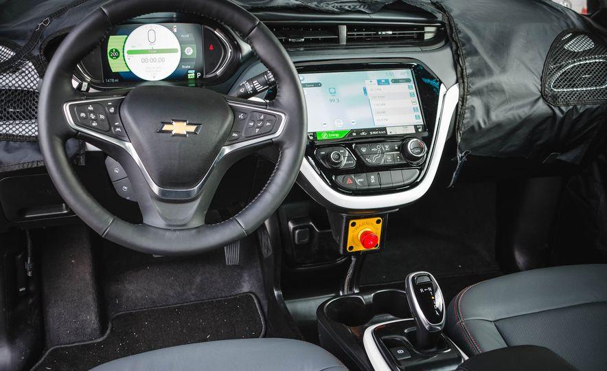 2017 Chevrolet Bolt - Slide 20