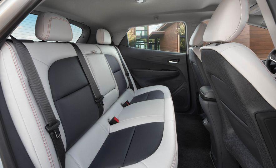 2017 Chevrolet Bolt EV - Slide 15