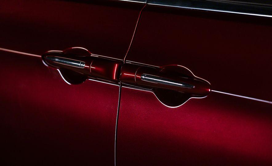 2017 Chrysler Pacifica - Slide 35