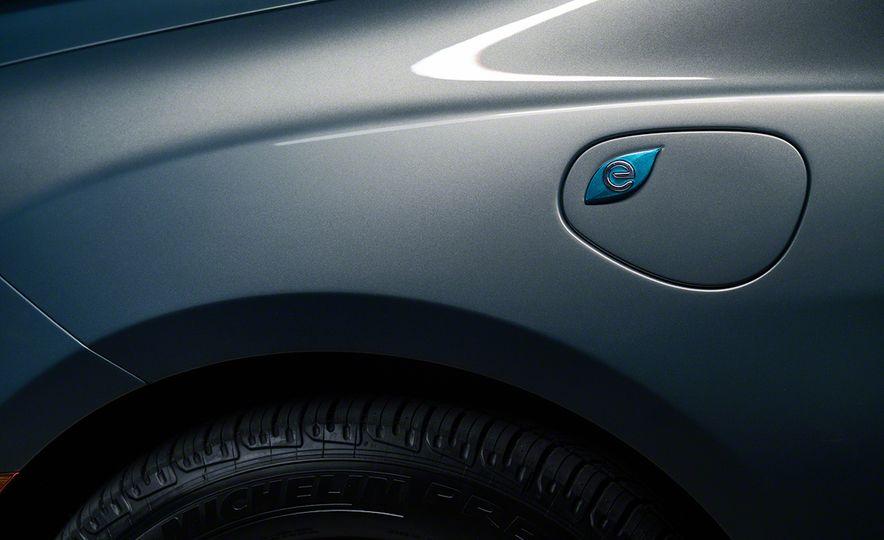 2017 Chrysler Pacifica - Slide 57