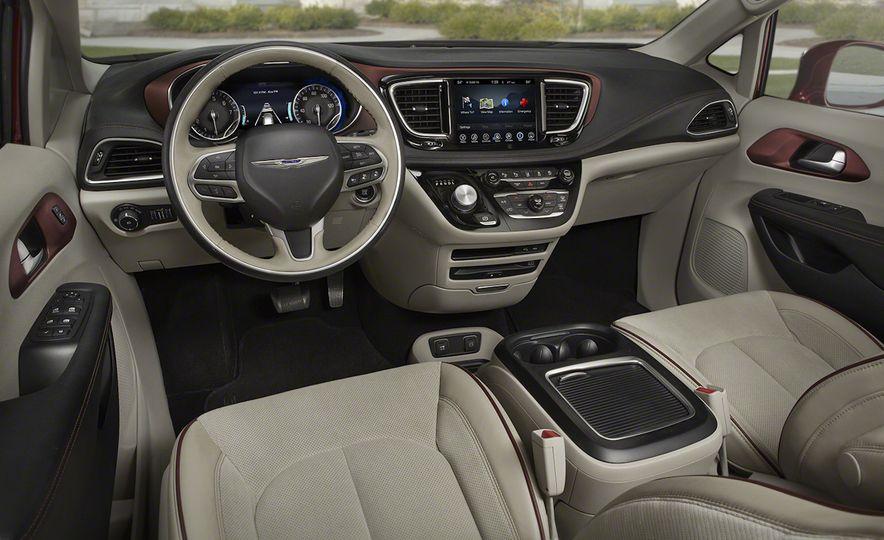 2017 Chrysler Pacifica - Slide 63