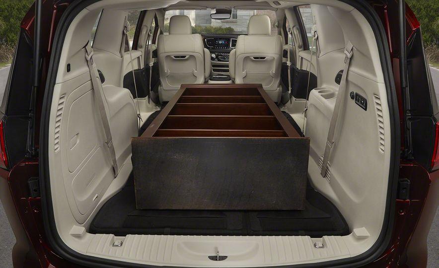 2017 Chrysler Pacifica - Slide 79