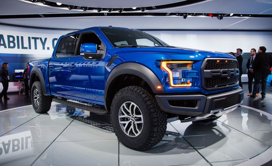 2017 Ford F-150 Raptor SuperCrew - Slide 1