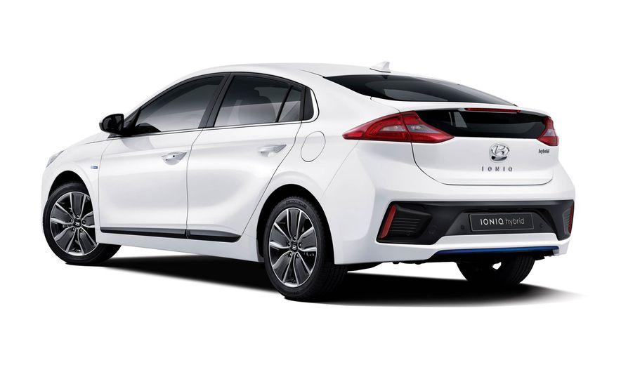 2017 Hyundai Ioniq EV - Slide 2