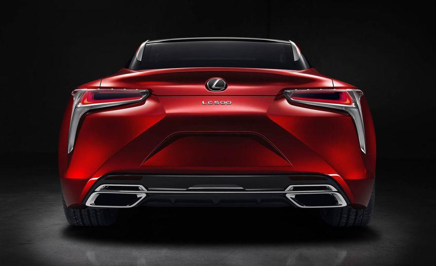 2017 Lexus LC500 - Slide 43