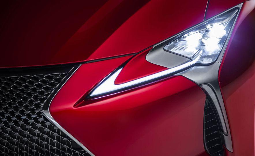 2017 Lexus LC500 - Slide 46