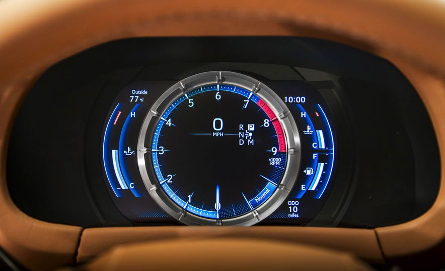 2017 Lexus LC500 - Slide 60
