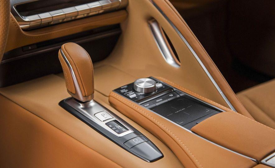 2017 Lexus LC500 - Slide 62