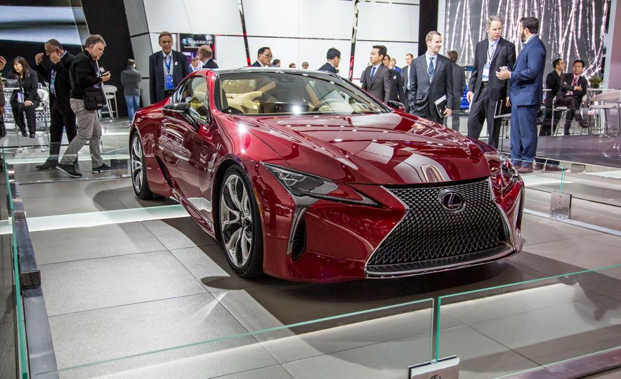 2017 Lexus LC500 - Slide 5