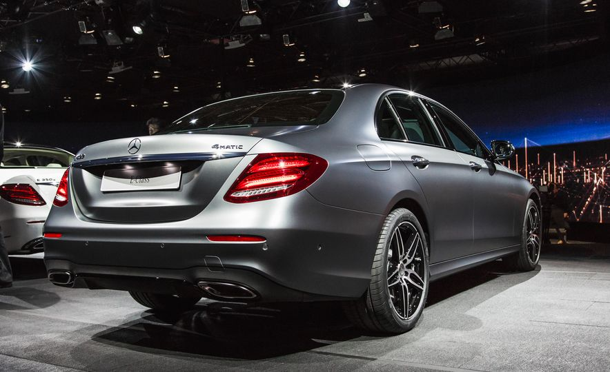 2017 Mercedes-Benz E350 - Slide 14