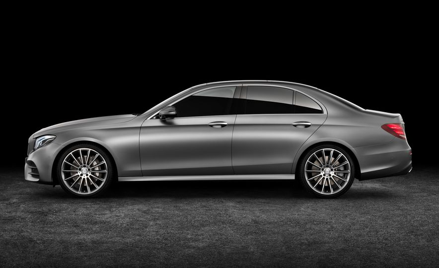 2017 Mercedes-Benz E350 - Slide 61