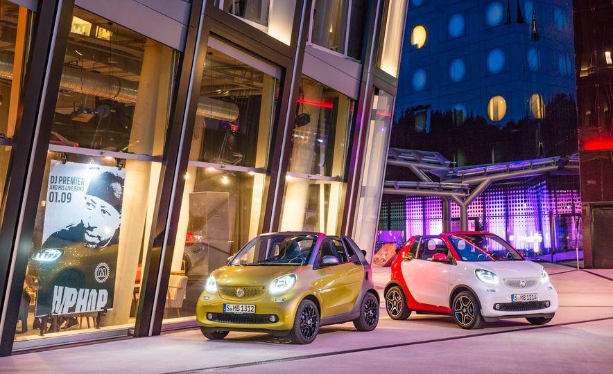 2017 Smart Fortwo cabriolets - Slide 1