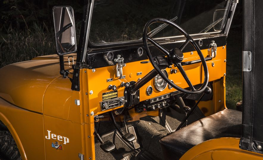 Nothing More, Nothing Less: Sweet Photos of Old Jeeps! - Slide 9
