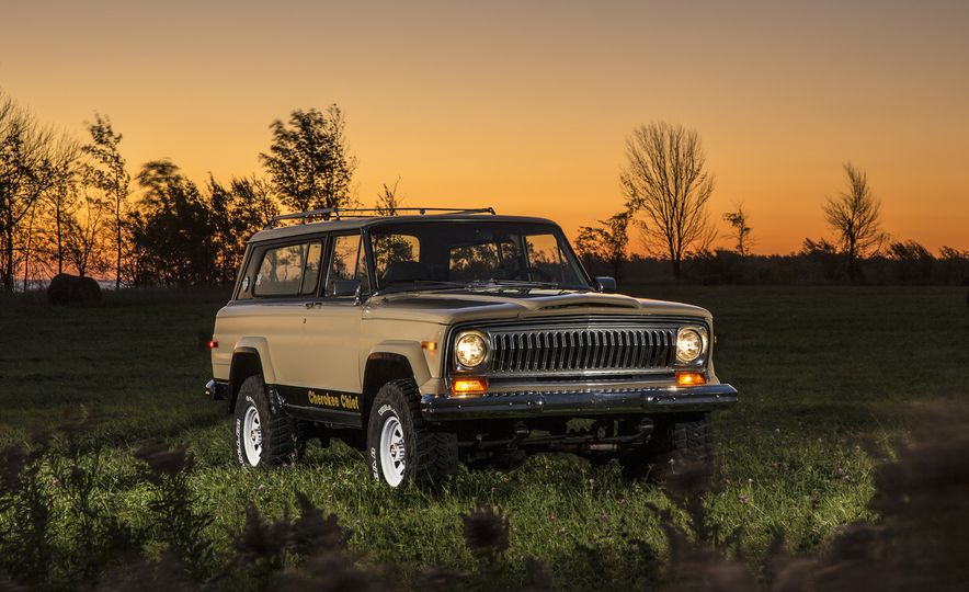 Nothing More, Nothing Less: Sweet Photos of Old Jeeps! - Slide 12